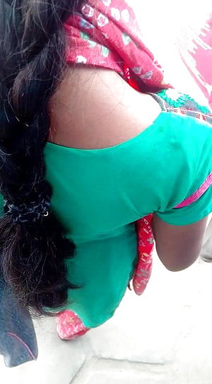 Tamil youthful doll warm look in busstop (hot closeup) part two