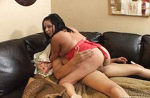 Lush Indian Whore Has Some Gonzo Missionary Sex