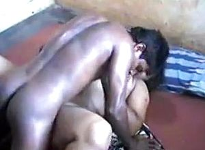 Corpulent south indian aunty getting torn up