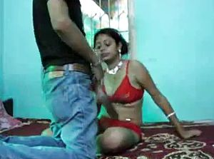 Indian fuckslut used in bedroom