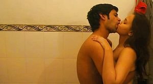 Sizzling homemade flick with spectacular dark haired in the tub
