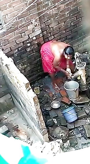 Caught my neighbour bhabhi bathing